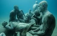 Τα πανέμορφα υποβρύχια γλυπτά στα Κανάρια Νησιά (pics)