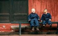 Αξιαγάπητοι μικροί ''μοναχοί'' έχουν γίνει viral στο διαδίκτυο (pics)