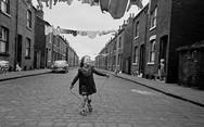 Γνωρίστε την άλλη πλευρά της Βρετανίας τη δεκαετία του '60 (pics)