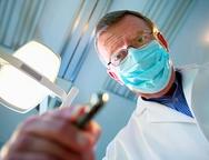 4 πράγματα που ο οδοντίατρος μας κρατά... κρυφά