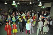 Πάτρα: Με χρώματα και... καρναβαλική διάθεση τα εγκαίνια της έκθεσης στολών (pics)
