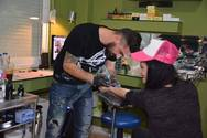Oι 'Rugby Stars' χτυπάνε tattoo στους καρναβαλιστές που θα παρελάσουν με το group τους!