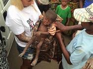 Νιγηρία: Το μωρό που εγκαταλείφθηκε από την οικογένειά του και ανάρρωσε πλήρως (pics)