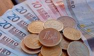ΕΚΠΟΙΖΩ - Απαράδεκτες τραπεζικές προμήθειες στις μεταφορές χρημάτων