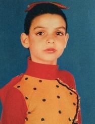Αναγνωρίζετε ποια γνωστή Ελληνίδα ηθοποιός είναι η μικρή; (pic)