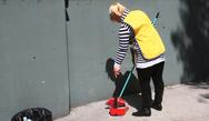 Πάτρα: 'Να αποσταλεί άμεσα η μισθοδοσία των σχολικών καθαριστριών'