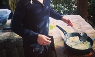 Ποιος πρωταγωνιστής του «Μπρούσκο» τηγανίζει πατάτες; (pic)