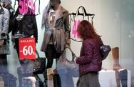 Πάτρα: Οι ενδιάμεσες εκπτώσεις δεν έφεραν την άνοιξη στα εμπορικά μαγαζιά