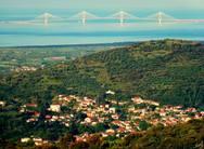 Η θέα από το Ευπάλιο Φωκίδας 'βλέπει'... Γέφυρα Ρίου - Αντιρρίου!