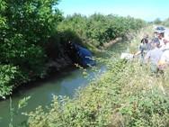 Αγρίνιο: Αυτοκίνητο κατέληξε σε αρδευτικό κανάλι - Σώθηκε από θαύμα ο οδηγός (pics)