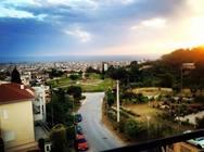 Η πλατεία της Πάτρας που έχει όλη την πόλη στα 'πόδια' της (pics)
