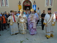 Ο Επίσκοπος Κερνίτσης Χρύσανθος στον Ιερό Ναό Αγίου Νικολάου Μηνιατών Ληξουρίου (pics)