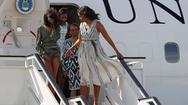 Όταν ο αέρας σήκωσε το φόρεμα της Μάλια Ομπάμα (pic)