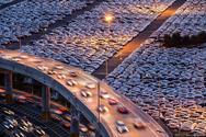 Αυτό είναι το μεγαλύτερο εργοστάσιο αυτοκινήτων στον κόσμο (pics+video)