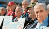 Με μειώσεις 22% οι επικουρικές συντάξεις στους συνταξιούχους