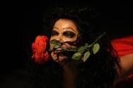 Όταν ο μίμος και η αρχαία ελληνική μαγεία κατέκτησαν την θεατρική σκηνή (pics+video)
