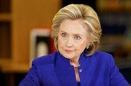 Η Χίλαρι Κλίντον έστειλε χριστουγεννιάτικες ευχές στους υποστηρικτές της
