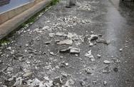 Πάτρα: Έπεσαν σοβάδες σε παλαιά κτίρια από τον δυνατό σεισμό