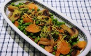 Συνταγή για αρακά με καρότα και μανιτάρια