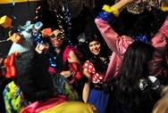 Χρώμα από το Καρναβάλι της Πάτρας στην ΕΡΤ2, με τον «Παράδεισο» (pics+video)