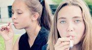 Οι έφηβοι που κάνουν ηλεκτρονικό τσιγάρο γυρίζουν σε... κανονικό πιο εύκολα