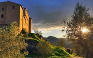 Οινογνωσία σε ένα ατμοσφαιρικό κάστρο της Τοσκάνης (pics)