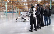Συνδυάζοντας ένα drone με μοτοσυκλέτα (video)