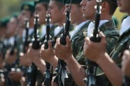 H Σουηδία επαναφέρει τη στρατιωτική θητεία