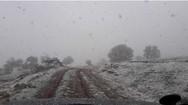 Χιονίζει στα Καλάβρυτα Απρίλη μήνα, εν αναμονή του Μάη! (pic)