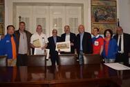 Πάτρα - Εκπρόσωποι των διεθνών παιδικών αγώνων επισκέφθηκαν το Δημαρχείο (φωτο)