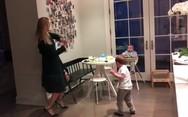 Ο χορός της Ιβάνκα Τραμπ με τον γιο της (video)