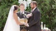 Γαμπρός... χαστούκισε τη νύφη στον γάμο! (video)