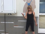 Η Goldie Hawn σε γυμναστήριο της Σκιάθου!