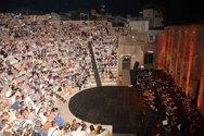Πάτρα - Νοσταλγικές μελωδίες από μεσογειακή αρμύρα και αρώματα ανατολής, πλημμύρισαν το Ρωμαϊκό Ωδείο!