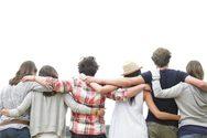 Γιατί είναι τόσο σημαντικοί οι φίλοι στην εφηβεία;