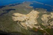 «Οικολογική Δυτική Ελλάδα»: H κατεδάφιση των Μαύρων Βουνών μπορεί να σταματήσει τώρα