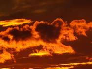 Πάτρα: Το φλογερό ηλιοβασίλεμα σε σχήμα καρδιάς που «έκλεψε» τις εντυπώσεις!