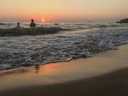 Ανέμελες καλοκαιρινές στιγμές, εν μέσω καύσωνα, στις παραλίες της Πάτρας! (pics)