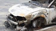 Ξαναχτύπησε o 'μπουρλοτιέρης' της Πάτρας – Έβαλε φωτιά σε τρία οχήματα τα ξημερώματα