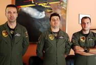 Οι ήρωες πιλότοι των Canadair CL 215 'αποκαλύπτονται' και μιλούν για την δουλειά τους (vids)