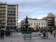 Πάτρα: Τα σημεία αναφοράς της πλατείας Γεωργίου και το... χρώμα που λείπει (video)