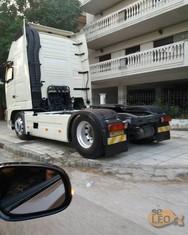 Επικό παρκάρισμα νταλίκας στη Θεσσαλονίκη!