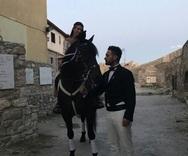 Νεόνυμφοι με άλογο στο λιμάνι της Ναυπάκτου (pics+video)