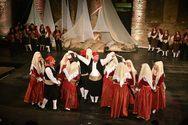 Πάτρα: Εντυπωσίασε το κοινό η παράσταση «Χορός εν χρόνω Έν Πάτραις τη» (pics)