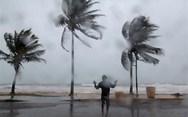 Ο κυκλώνας 'Μαρία' απειλεί το Πουέρτο Ρίκο (video)
