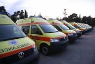 «Κινδυνεύουν ανθρώπινες ζωές» - Τα ασθενοφόρα του ΕΚΑΒ  μπαινοβγαίνουν στα συνεργεία!