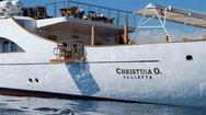 Η θρυλική θαλαμηγός του Ωνάση, «Χριστίνα» ανοιχτά της Ιτέας (pics+video)