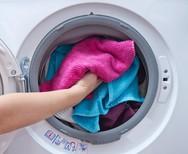Τα ρούχα που δεν χρειάζονται μαλακτικό όταν πλένονται!