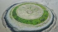 Ένα παράξενο κυκλικό νησί! (φωτο)