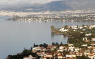Τσουκαλαίικα - Ένα υπέροχο παραθαλάσσιο χωριό της Αχαΐας από ψηλά (video)